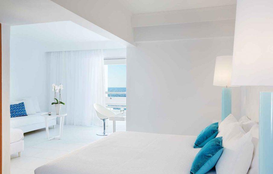 Suite junior famille avec vue mer, White Palace Grecotel Luxury Resort, Réthymnon, Crète, Grèce