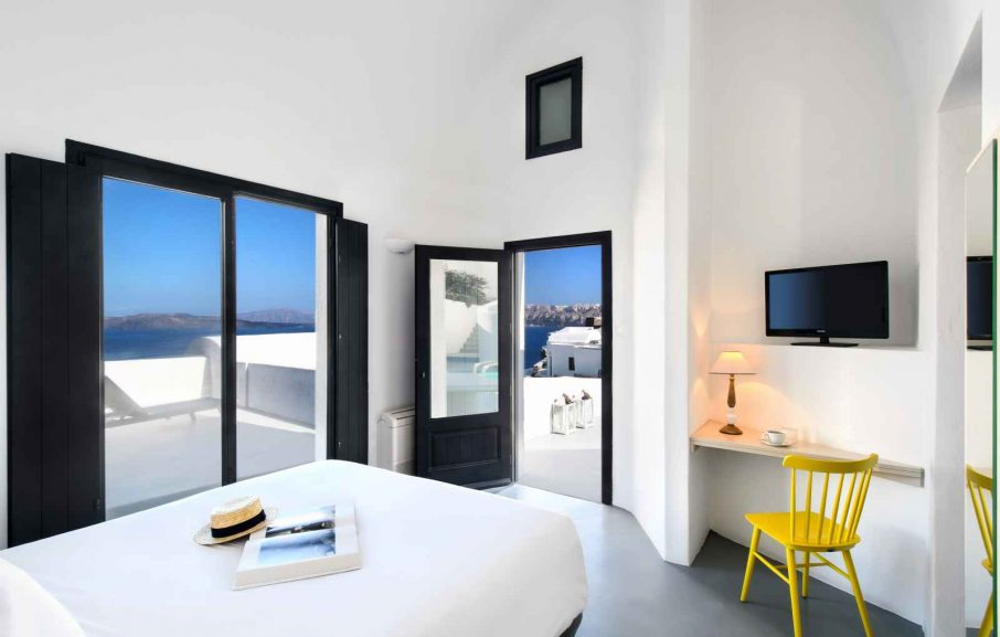 Suite, Ambassador Aegean, Santorin, Grèce.