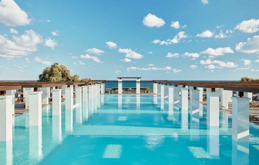 Piscine d'eau de mer, Amirandes Grecotel, Crète, Grèce.