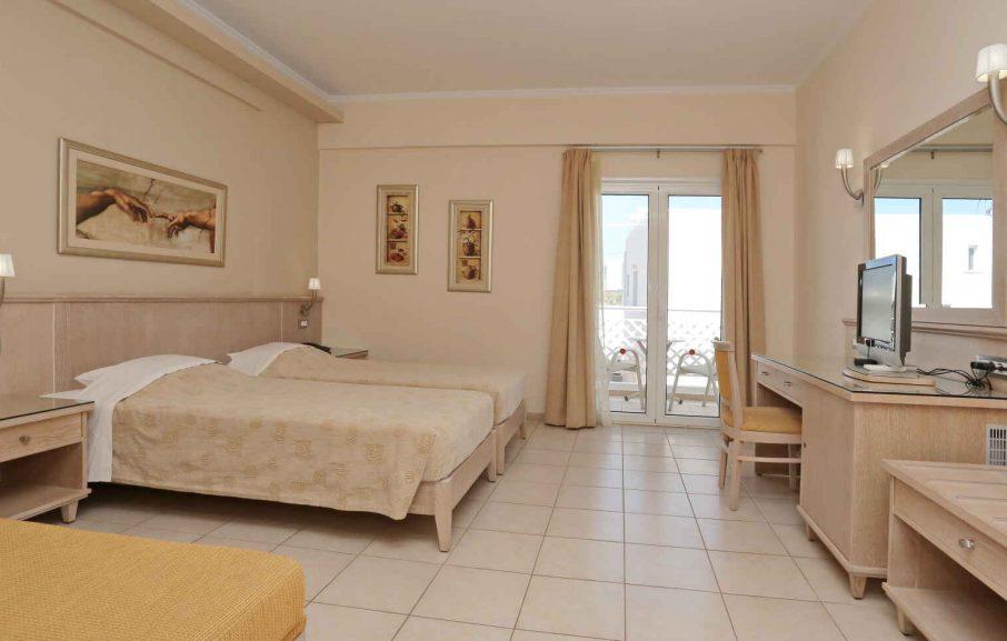 Chambre Familiale, Hôtel Magda, Crète, Grèce.