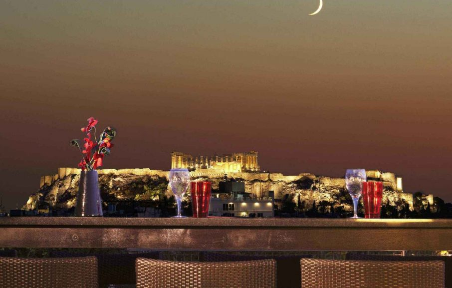 Vue sur l'Acropole depuis le bar