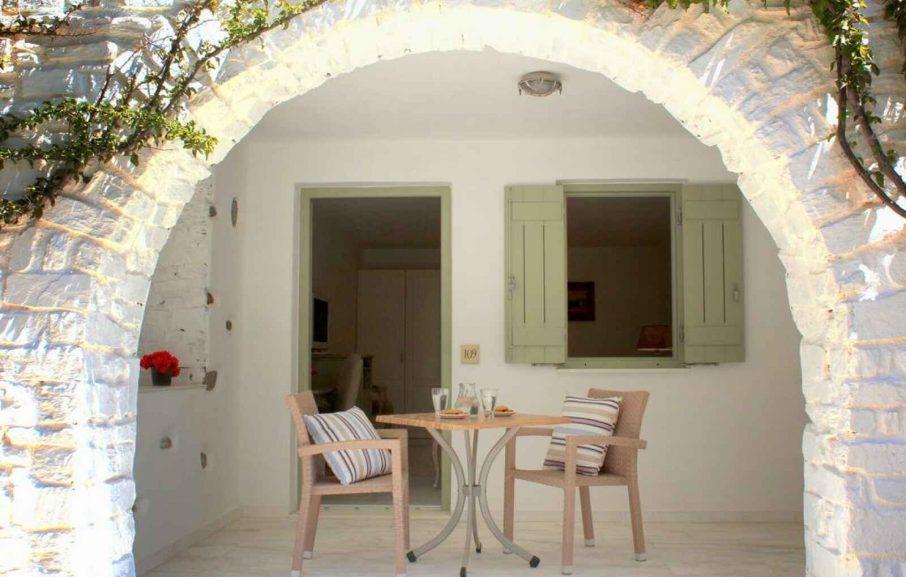 Garden View, St Andrea resort, Paros, Grèce.