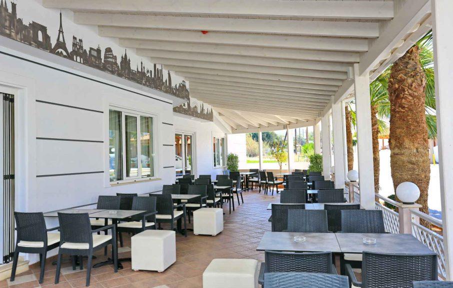 Bar Terrasse, Hôtel Magda, Crète, Grèce.