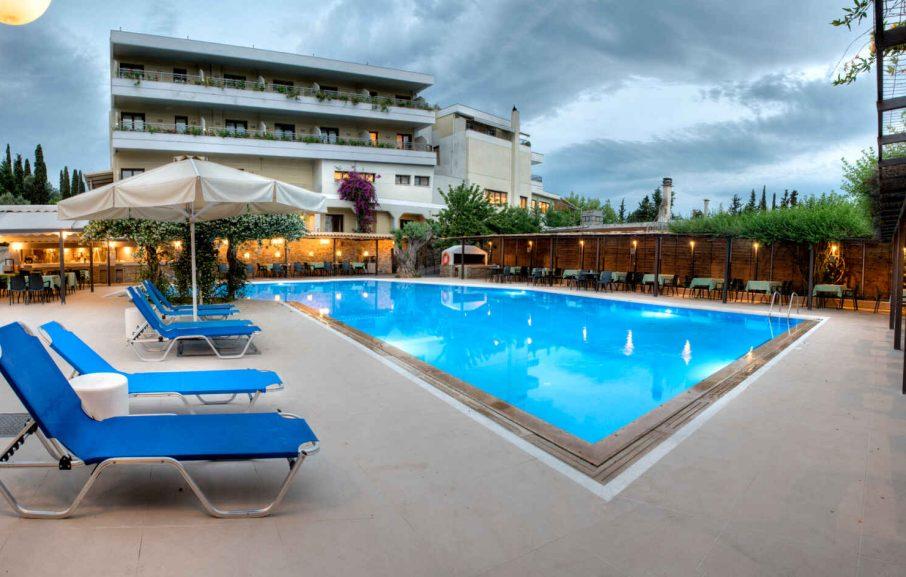 Piscine, Hôtel Miramare Eretria, Eretria, Grèce