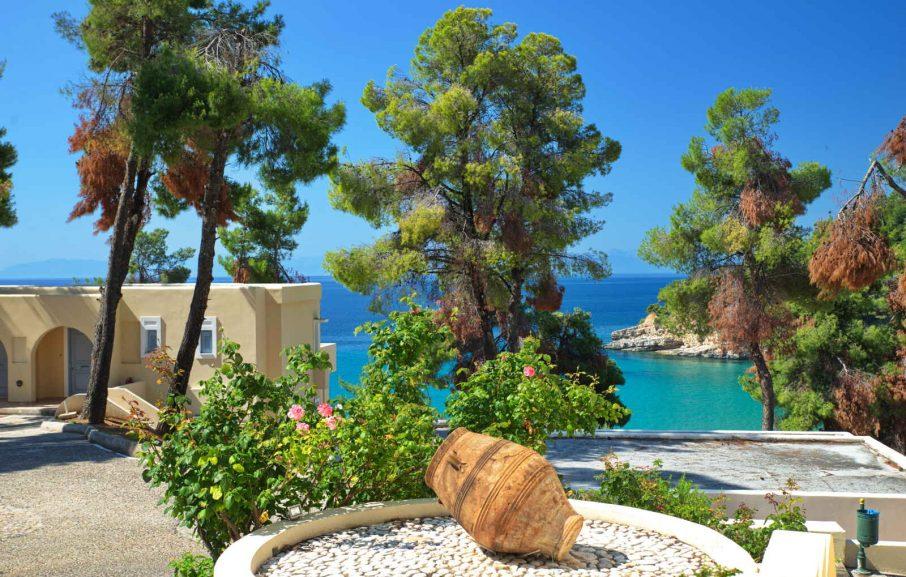 Vue extérieure, Alonissos Beach Bungalows & Suites Hotel, Alonissos, Grèce
