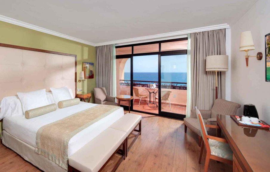 Chambre Double vue mer, Hotel Fuerte Marbella, Malaga, Espagne