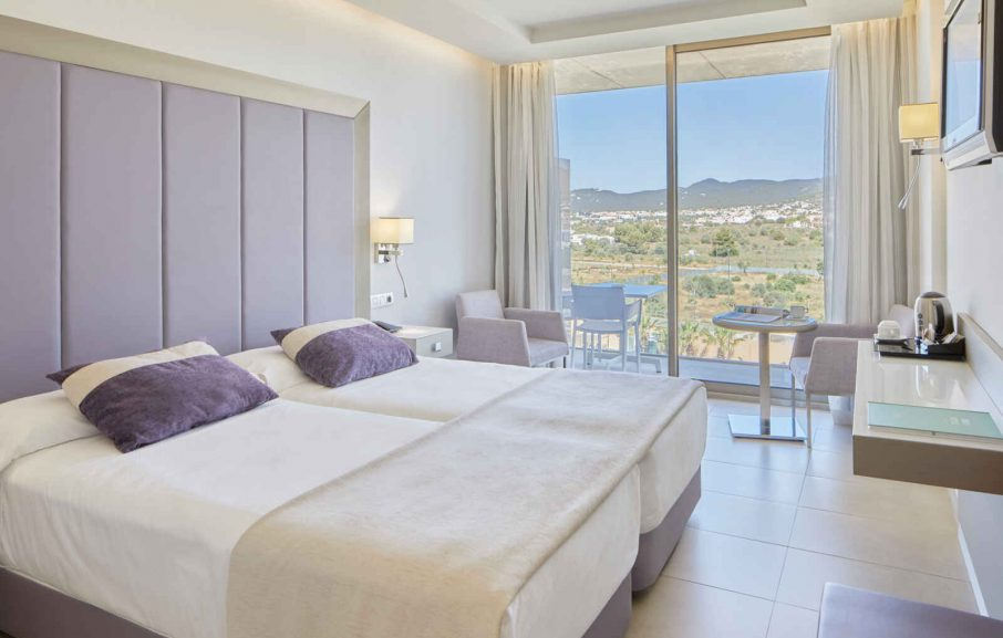 Chambre Standard vue montagne, Hôtel Torre del Mar, Ibiza, Baléares