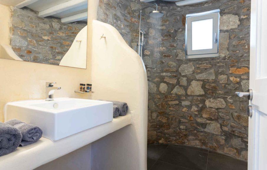 Salle de bain, Appartement, Hôtel Rizes, Serifos, Grèce