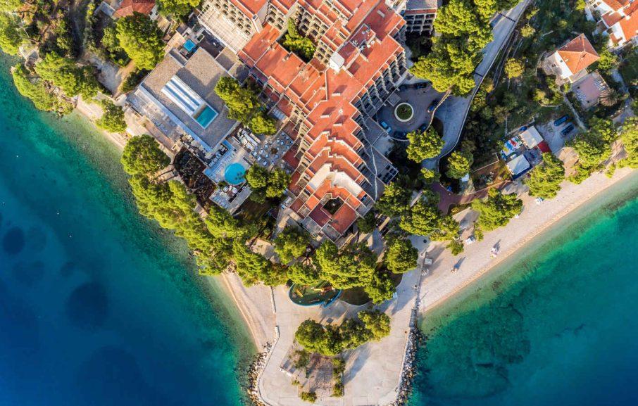 Vue aérienne, Bluesun Hotel Soline, Brela, Croatie