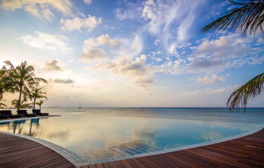 Piscine Sangu, hôtel Kuredu Island Resort, atoll de Lhaviyani, Maldives