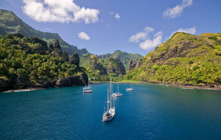 La baie des Vierges dans l'île de Fatu Hiva, Iles Marquises, Polynésie Française