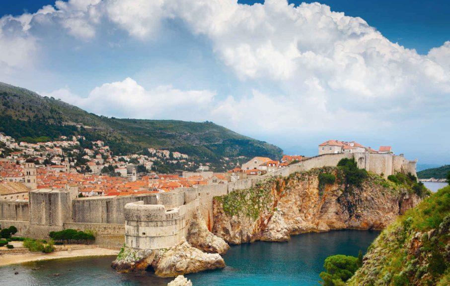 Vue sur la place de la vieille forteresse, Dubrovnik, Croatie