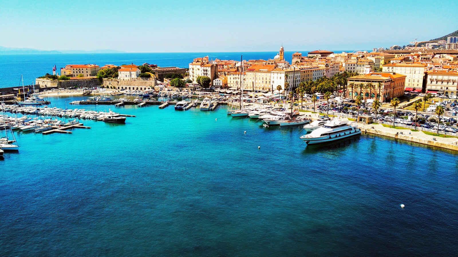 Corse : La Corse côté soleil couchant (Corse du Nord)