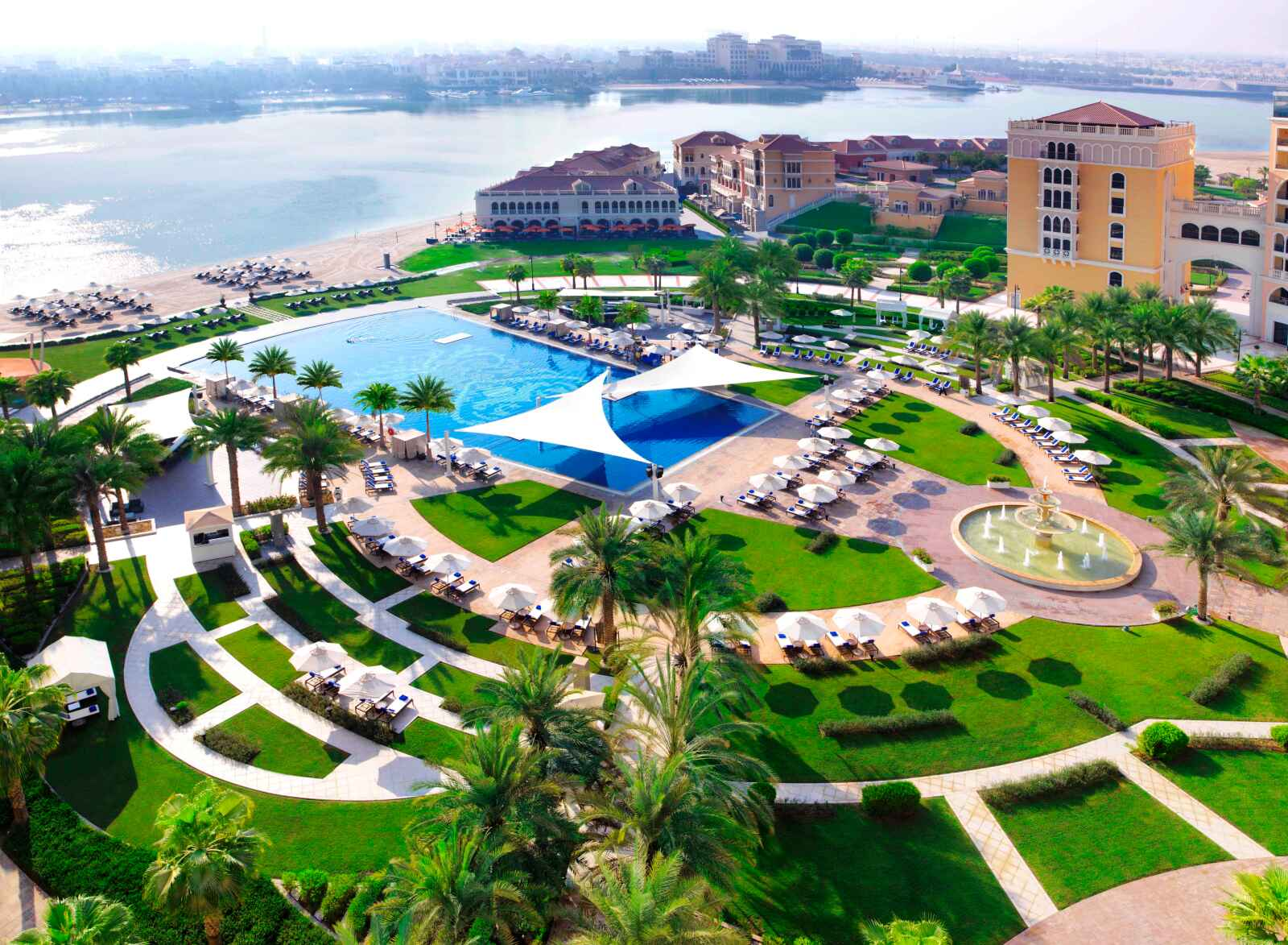 Abou Dhabi : The Ritz Carlton Abu Dhabi, Grand Canal